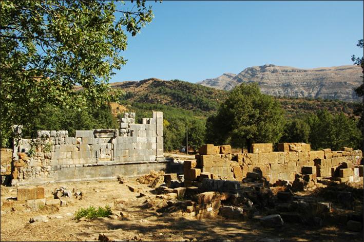 Fig 1 sanctuaire de Yanouh